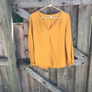 Old navy mustard yellow v neck pullover blouse XL